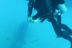 Diving to the Hooker in Bonaire
